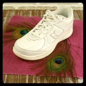 New Balance Walking Shoe.  WW577WT Size 5.5, 2E